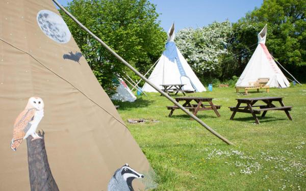 tipi holiday