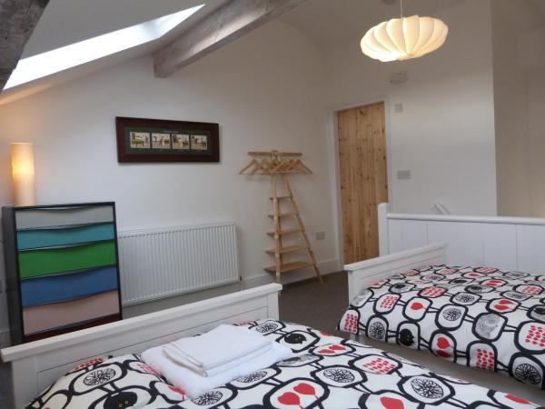 guest bedroom at Elmet
