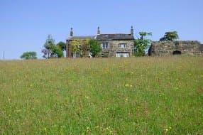 Elmet Farmhouse in Spring