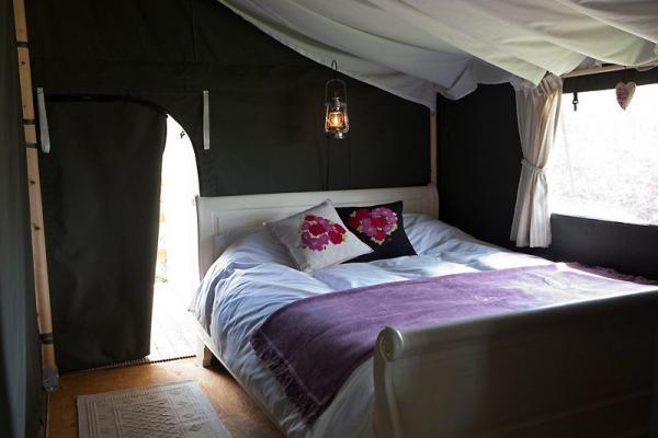 Double bedroom in lodge