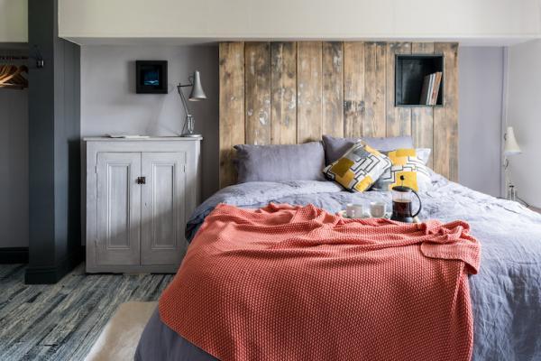 double bedroom in Godney Arts House