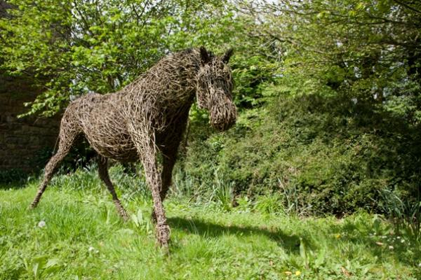 Wicker Horse outside the Gatehouse