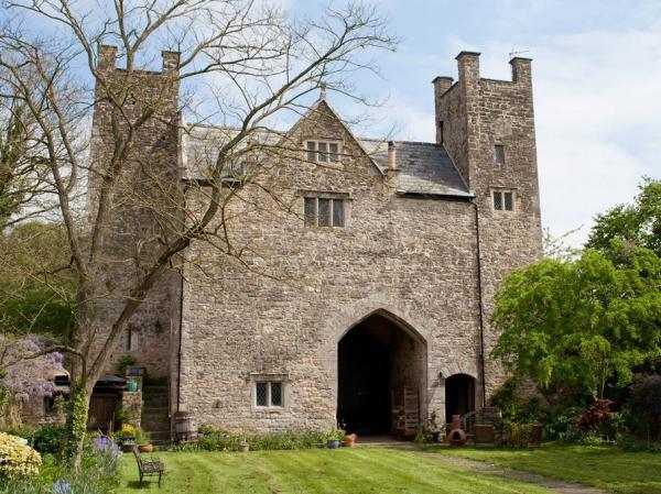 exteropr shot of the gatehouse