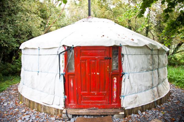 6 berth yurt