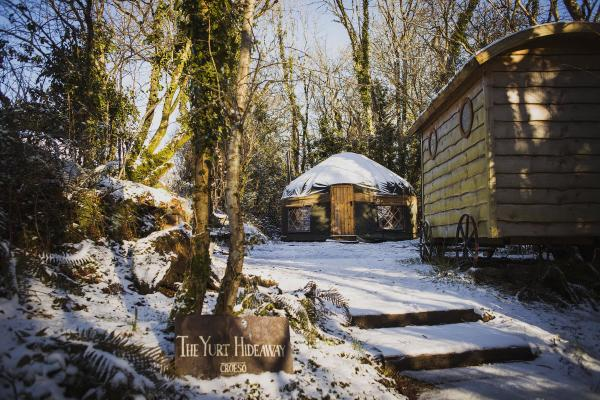 The Yurt Hideaway pretty in the snow