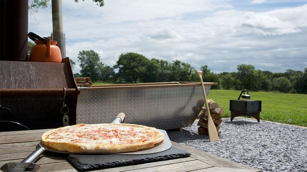 Unique hot tub and outdoor dining