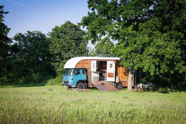 country location of the horsebox