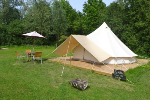 Simba tent and dining area