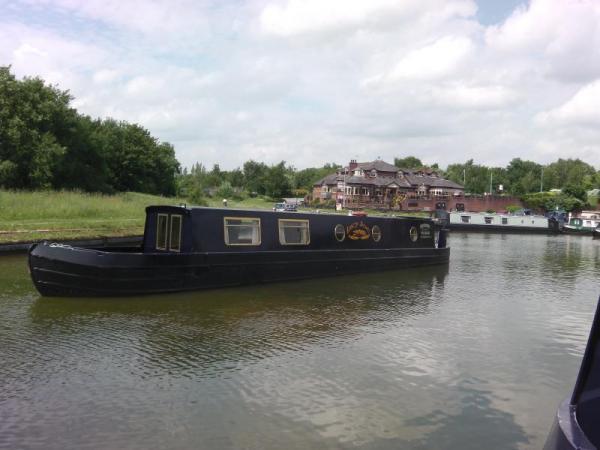 Boat accommodation at Worsley