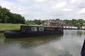 Boat accommodation at Worsley