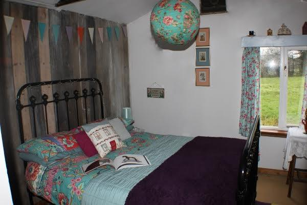 the quirky bedroom