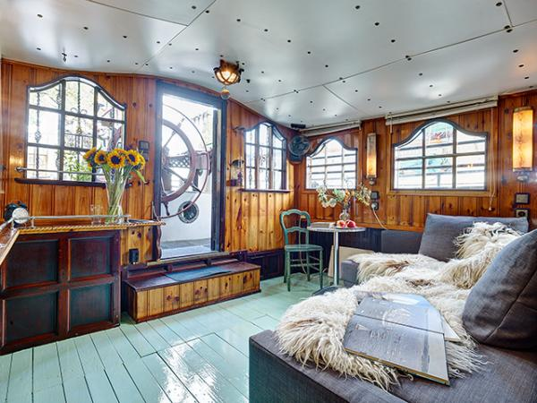My Houseboat Amsterdam