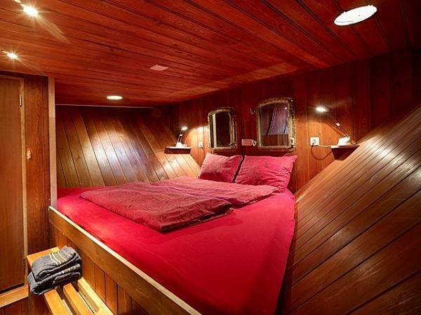 bedroom of Star
