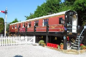 Refurbished 4-star Railway Carriage