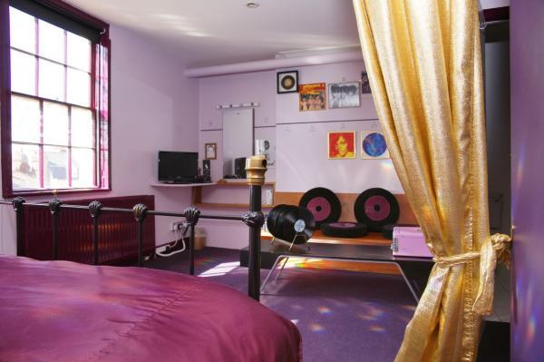 Soul supreme bedroom