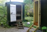 2 huts sleeping 2+1