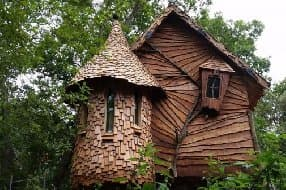 Treehouse at Blackberry Wood