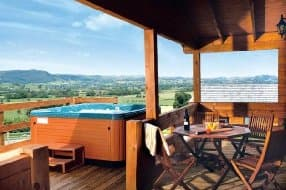 Lodges with private hot tub