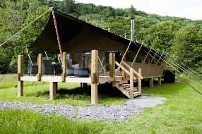 high quality safari lodge