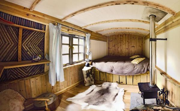 interior shepherds hut
