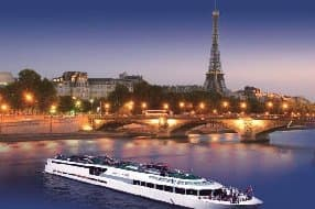 stay on VIP Paris Yacht Hotel