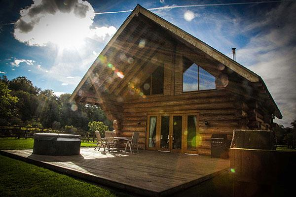 Otterstone Cabin with hot tub