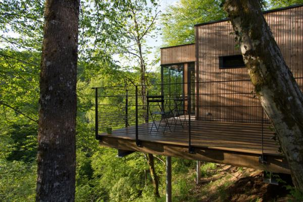 luxury treehouses