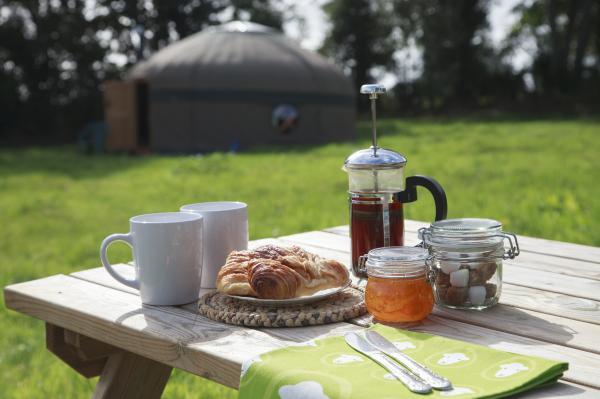 Enjoy breakfast outside