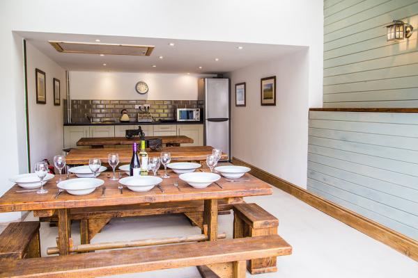 Shared modern kitchen facilities