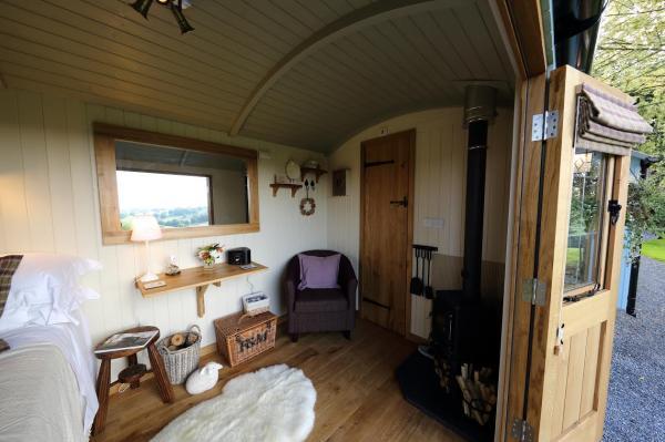 Accommodation hut