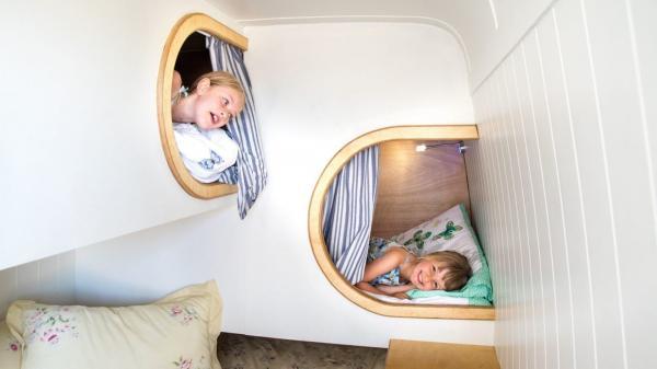 bunks in Zeb