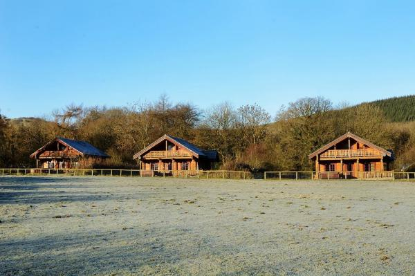 three log cabins