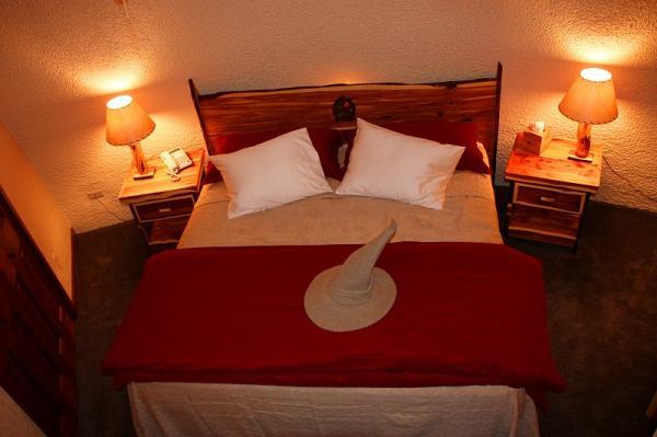 bedroom in hobbit house