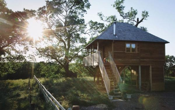 The treehouse in stunning setting