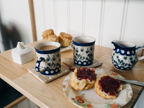 Breakfast at Woodland Hut