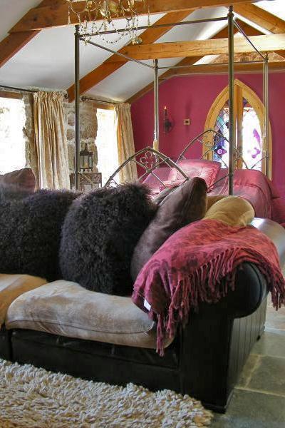 sofa in Dovecote