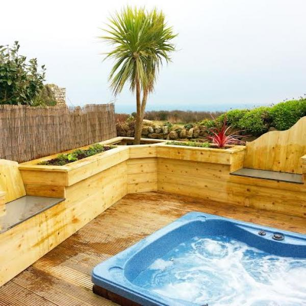 hot tub for Dovecote