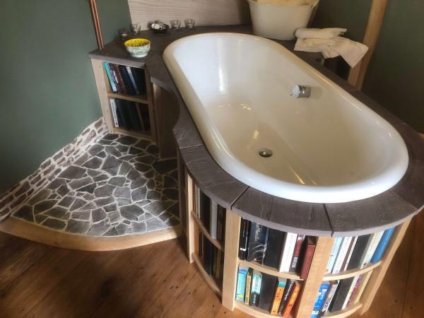 Gorgeous bath with mini library