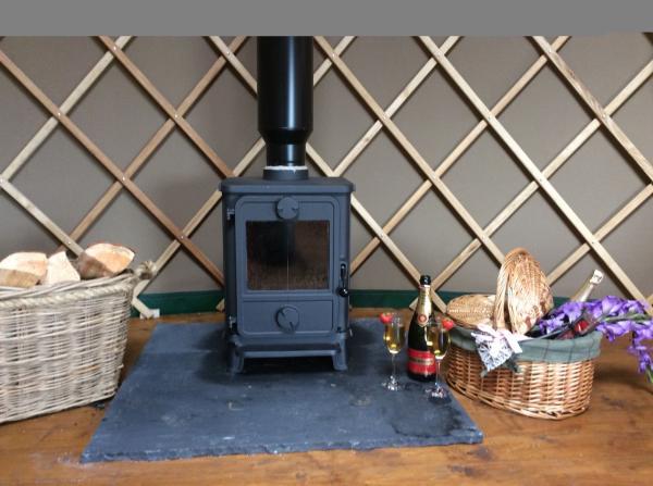 Yurt log burner