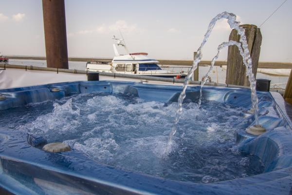 hot tub onboard