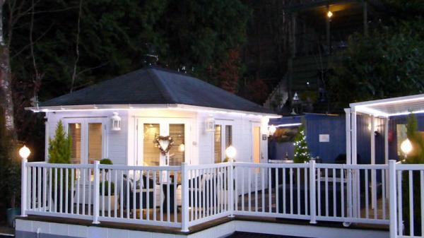 Lodge by night