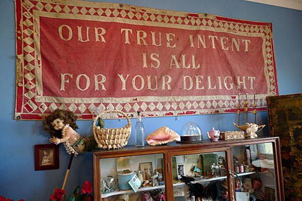 quirky trinkets and banner