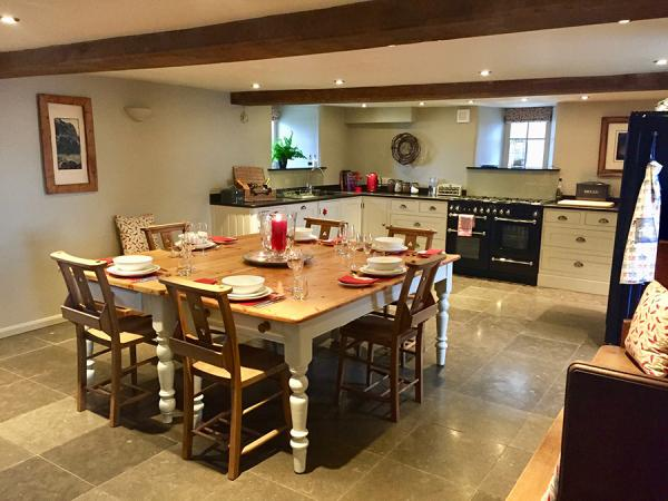 Angel Barn large kitchen diner