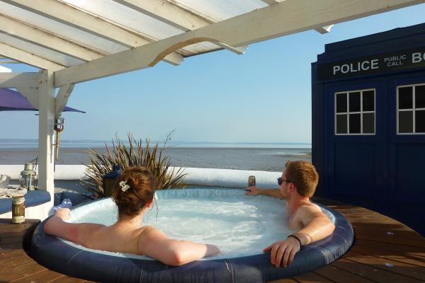 jacuzzi on roof with tardis