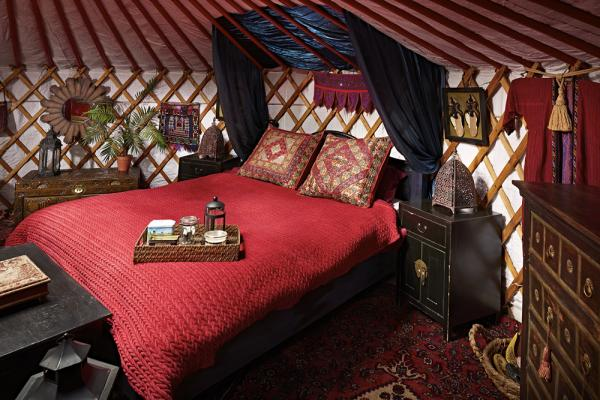 Double Dragon Yurt sleeps 8