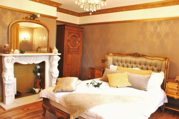 individual en-suite bedrooms