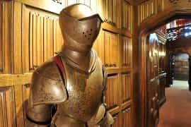 suits of armour in Thornbury Castle