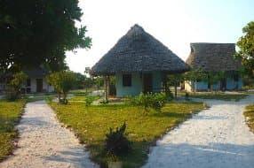 huts at Didimiza