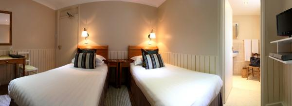Twin Rooms with ensuite facilities