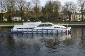 Cruise Ireland vessel